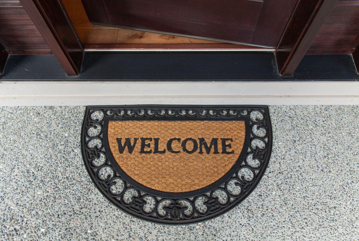 Quelles mesures devraient prendre un courtier immobilier pour assurer le succès d'une visite libre?